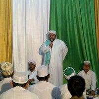Photo taken at Masjid Al Ma'arif by habibi r. on 12/31/2012