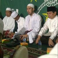 Photo taken at Masjid Al Ma'arif by habibi r. on 6/27/2013