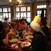 Das Foto wurde bei The White Horse von Christine E. am 12/13/2012 aufgenommen