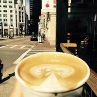 Снимок сделан в Gracenote Coffee пользователем Junji O. 2/28/2016