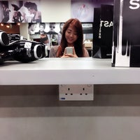 Photo taken at Wella Studio@TPI Building by Fellzy_ on 11/14/2014