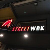 Photo taken at Streetwok by Edei K. on 5/2/2017