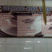 Photo taken at Warung Kopi TAUFIK by Subhan P. on 9/15/2013