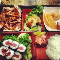 Photo taken at Sushi Boat by Noreen G. on 3/26/2013