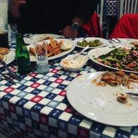 Das Foto wurde bei Gümüşlük Balık Pişirme Evi von Zafer ö. am 3/6/2018 aufgenommen