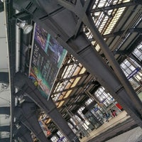 Photo taken at Bahnhof Berlin Friedrichstraße by Rollo W. on 10/11/2017