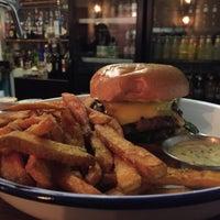 Das Foto wurde bei Otto's Burger von Maximilian H. am 1/17/2015 aufgenommen