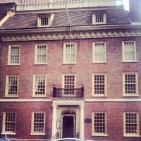 Photo taken at The Porterhouse at Fraunces Tavern by Q D. on 9/7/2012
