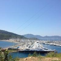 Photo prise au Marmaris Yacht Marina par Fatih D. le4/25/2013