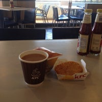 Photo taken at KFC by LiZa m. on 11/24/2014