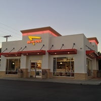 Photo taken at In-N-Out Burger by Craig D. on 11/5/2012