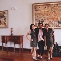Photo taken at Hotel Felicidad Vigan by Zarina Faye S. on 9/24/2014