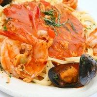 Photo taken at Napoli Italian Restaurant by Napoli Italian Restaurant on 9/19/2014