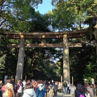 Foto tirada no(a) Meiji Jingu Shrine por えんどぅ よ. em 1/2/2013