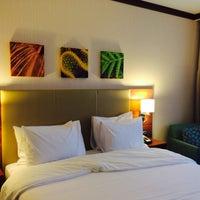 11/27/2014 tarihinde Dalida K.ziyaretçi tarafından Hilton Garden Inn Astana'de çekilen fotoğraf
