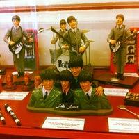 Foto tomada en Museo Beatle por Cajú G. el 12/26/2012