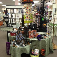 Photo taken at Centerville Coin & Jewelry Connection by Autumn B. on 8/26/2013