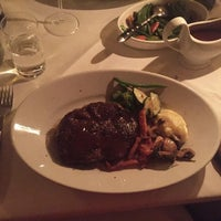 Das Foto wurde bei M-Steakhouse von Sibel A. am 10/20/2016 aufgenommen