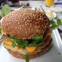 1/7/2016にMitsu S.がSailor Burgers & Beersで撮った写真