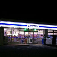 Photo taken at Lawson by 竹ヤン RVF400 ア. on 12/1/2016