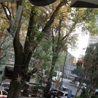 Foto tomada en Starbucks por Mathias E. el 11/10/2012