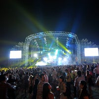 Photo taken at Live @Atlantis by Live @Atlantis on 9/24/2014