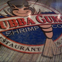 Photo taken at Bubba Gump Shrimp Co. by Jasmin J. on 12/24/2012