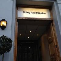 Photo taken at Abbey Road Studios by 🇫🇷 Julien S. on 12/12/2012