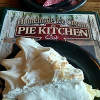 Photo taken at Homemade Ice Cream and Pie Kitchen by Jackie W. on 10/15/2016