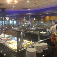 Photo prise au China Buffet par Mina B. le10/17/2017