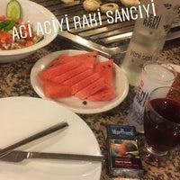Photo prise au Evita Mangalbaşı & Cafe & Bar par Sergen İ. le5/5/2018