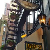 Das Foto wurde bei Tavern29 von The Corcoran Group am 7/9/2013 aufgenommen