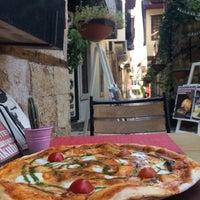 9/12/2017 tarihinde Dilek M.ziyaretçi tarafından Gazetta Brasserie - Pizzeria'de çekilen fotoğraf