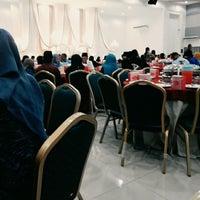 Photo taken at Dewan Hikmah by is me' n. on 12/5/2015