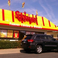 Photo taken at Bojangles' Famous Chicken 'n Biscuits by Omega W. on 10/14/2012