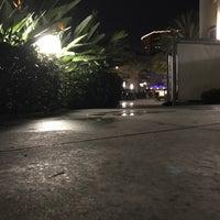 Foto scattata a 3400 Avenue Of The Arts Pool da Hammam A. il 12/28/2016