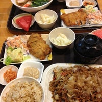 Photo taken at Ume Tei Japanese Restaurant by Michelle 💖 B. on 11/23/2012