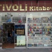 12/15/2014 tarihinde Berna E.ziyaretçi tarafından Tivoli Kitabevi'de çekilen fotoğraf