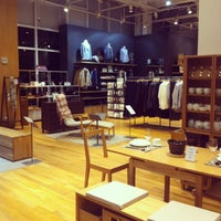 Photo taken at MUJI 無印良品 by Miann R. on 3/30/2013