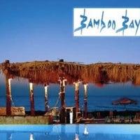 รูปภาพถ่ายที่ Bamboo Bay โดย Ali A. เมื่อ 9/23/2012
