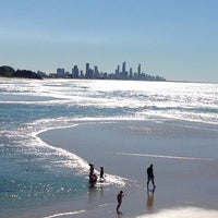 Photo taken at Oskars on Burleigh by Dee S. on 7/11/2014
