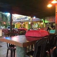 Photo taken at Restoran Sri Jembal by Rujie on 6/14/2016