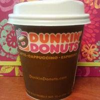 Photo taken at Dunkin' Donuts by Soffarsogood on 12/21/2012