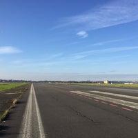 Foto tirada no(a) Tempelhofer Feld por Alvin N. em 11/29/2017