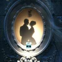 Foto scattata a Tiffany & Co. da Blair M. il 12/15/2012