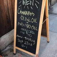 9/21/2017 tarihinde KaylanSziyaretçi tarafından Olive This Olive That'de çekilen fotoğraf