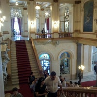 Photo taken at Theatro Municipal de São Paulo by Ciça F. on 2/24/2013