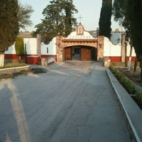 Photo taken at Hacienda Caltengo by Mario Alberto L. on 10/16/2012