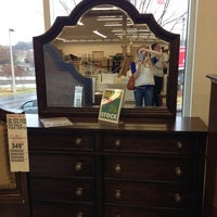 Rooms To Go Outlet Furniture Store - 3 tips