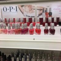 Das Foto wurde bei Beauty Brands von Jean W. am 11/21/2016 aufgenommen